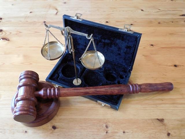 law-rules-judge-gavel